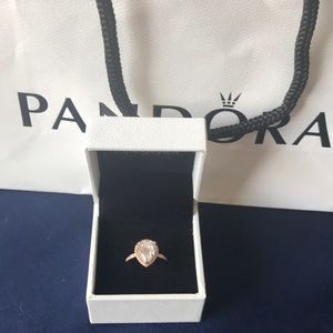 PANDORA ROSE radiant teardrop